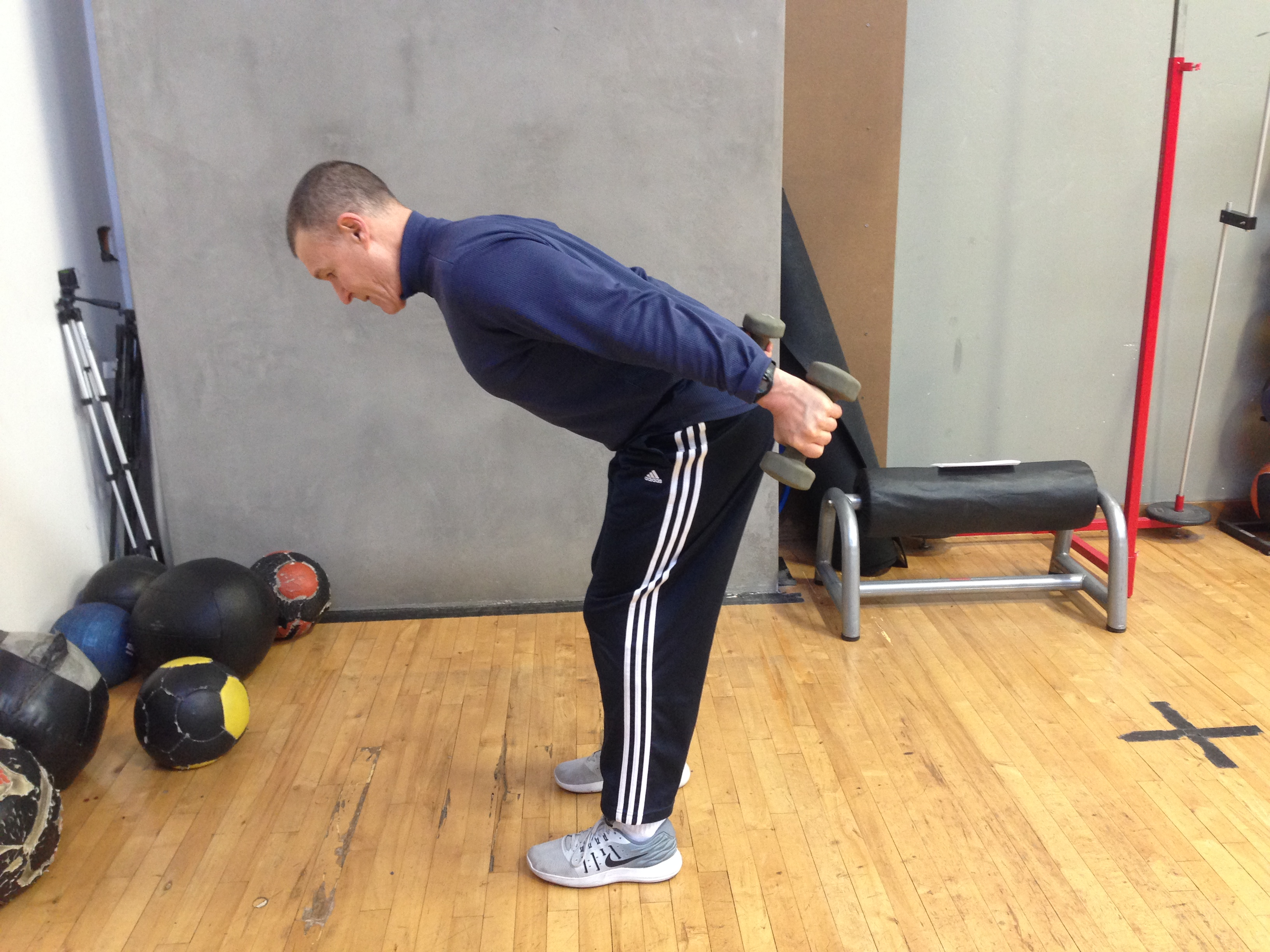 TIME WASTER OF THE MONTH: DUMBBELL TRICEPS KICKBACK